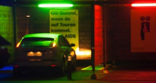 Места стоянок проституток, жесткий секс лесби фотографии