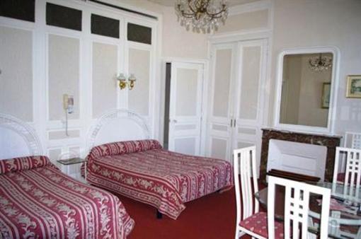 Фото отеля Hotel de la Paix Limoges 2** - Лимож - Франция -